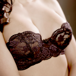 Breast-implants1-sq